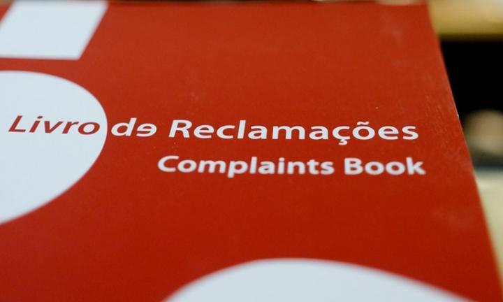 Fotografia do livro de reclamações